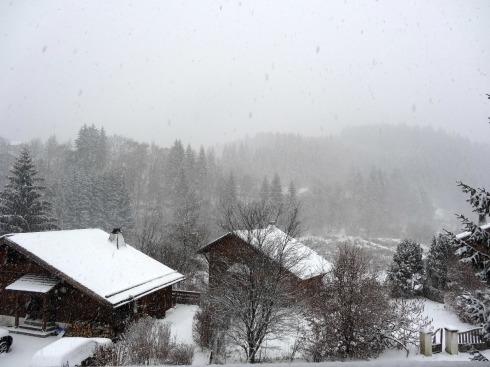 snowarrivesdec27